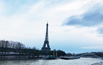 2019年9月、フランスへの展覧会への参加